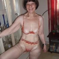 Beautiful nude white girl self shot